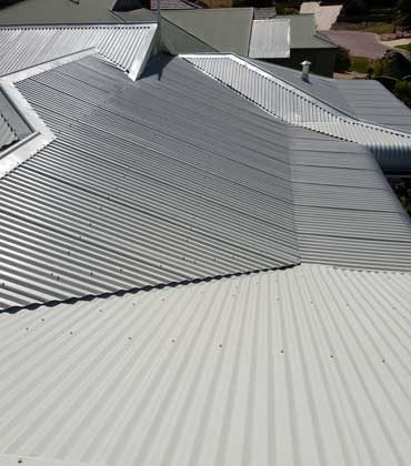 modern steel roof replacement, Rockingham